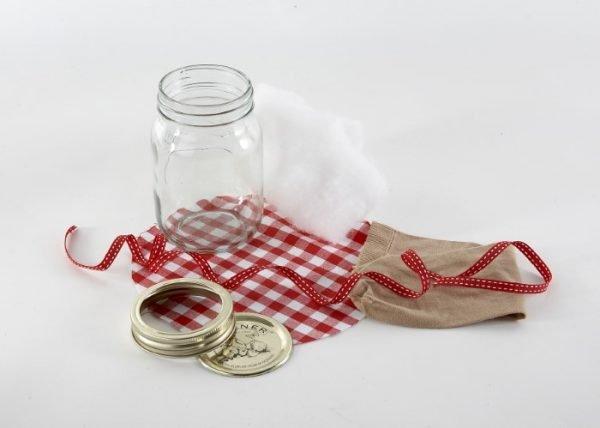 How to make a jam jar pincushion