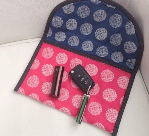 Sew a clutch purse