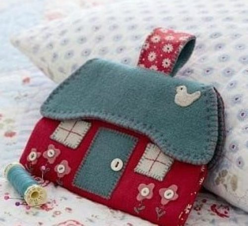 Stitch a cottage sewing case