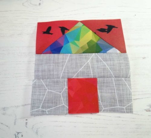 Sewing a house quilt block