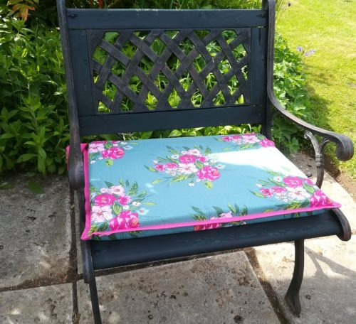 How to sew a garden cushion