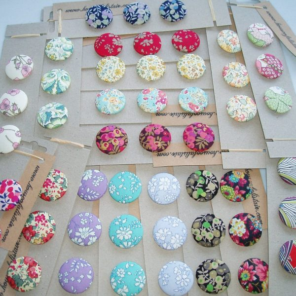 Where to buy Liberty fabric buttons
