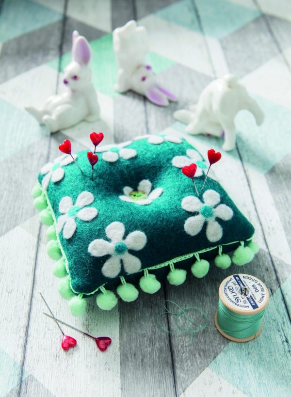 Felt pincushion sewing project