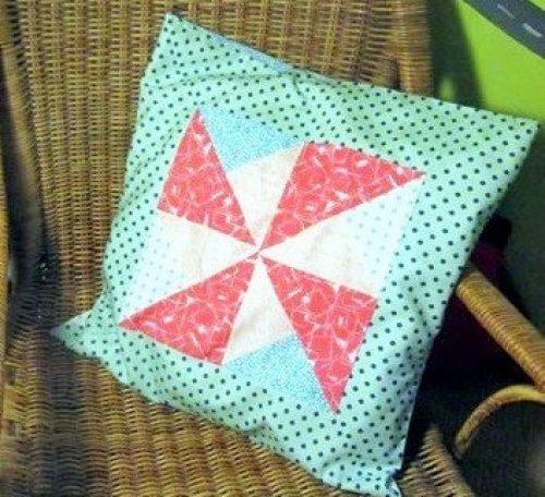 Simple pinwheel cushion