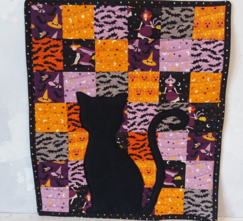Mini quilt for Halloween